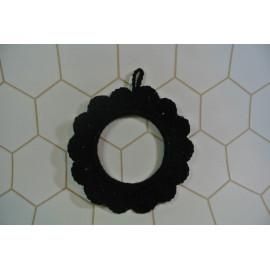 mini cadre fleur noir-crocheté