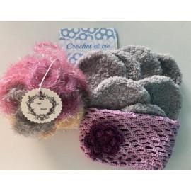 box cadeau bien être : fleur de douche, disques démaquillants en microfibre, filet de lavage