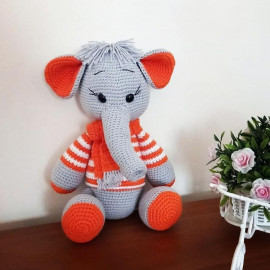Peluche éléphant Amigurumi (fait main)