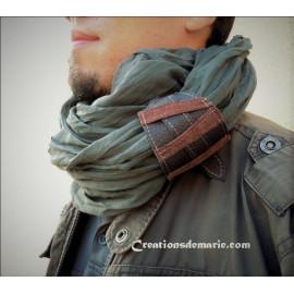 Foulard , écharpe snood homme coton gris et manchette cuir