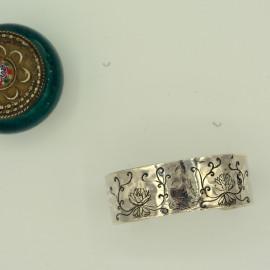 Bracelet manchette - Gravure bouddha et lotus