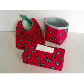 bavoir + étui pour boîte à mouchoirs + panière en tissu