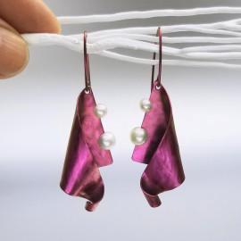 Boucles d'oreilles Domiré titane et perles de culture