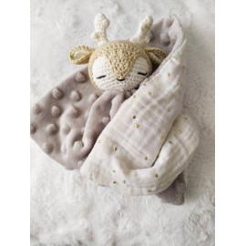 Doudou bebe biche coton bio, peluche biche,fait main, cadeau naissance, séance photo naissance