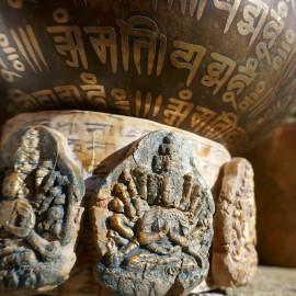 Support, base à Singing bowl ou bol chantant de méditation