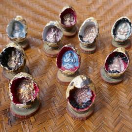 Objet d'art Œuf décoratif - Porte bonheur amulette tsatsa