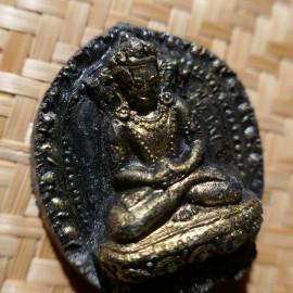 Porte bonheur amulette tsatsa noires - bouddha déités protectrices - Porte Bonheur en argile