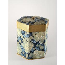 Boite hexagonal style japonisant. Une pièce unique pour une maman unique !! penser fête des mères.