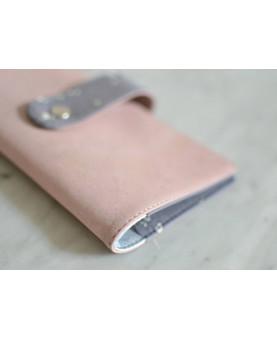 Etui chéquier liège rose & coton gris, housse chéquier femme cuir de liège,  accessoire en liège, accessoire vegan, durable
