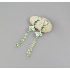 Boucles d'oreilles origami en papier japonais blanc et bleu vert, Maeva