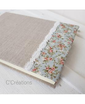 Livre d'or mariage - Something Blue - toile de lin, dentelle et coton fleuri bleu