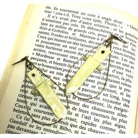 Boucles d'oreilles Epée – Collection «Terre du Milieu» - Bijou littéraire en papier plié