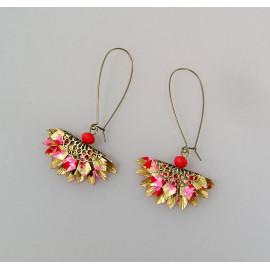 Boucles d'oreilles origami éventail en papier japonais doré et rose