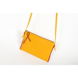 pochette-sopic-en-cuir-jaune-moutarde.jp