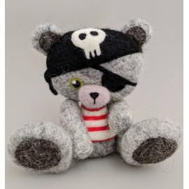 Ours pirate en laine cardée feutrée à l'aiguille, ours décoratif