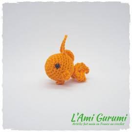 Porte clé poisson mandarine amigurumi