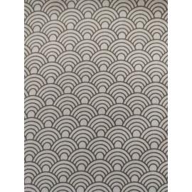 Tissu écailles blanche et gris - en coton certifié - vendu par 10cm