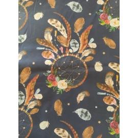 Tissu attrapes-rêves de couleur marron sur fond bleu marine - en coton certifié - vendu par 10cm