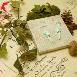 Boucles d'oreilles Hache – Collection «Terre du Milieu» - Bijou littéraire en papier plié