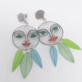 Boucles d'oreilles visage Trois plumes tons bleu et vert